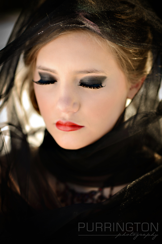 gothic dramatic hair and makeup eye shadow